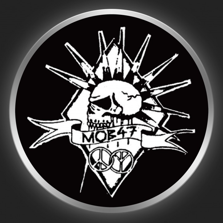 MOB 47 - Skull 3 Button